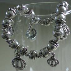Bracelet - Silvertone Crown Bracelet