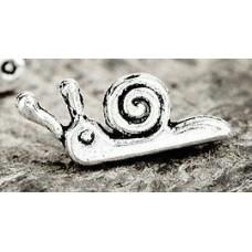 Zoom - Silver Snail Earrings